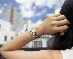 brand-woman-watch